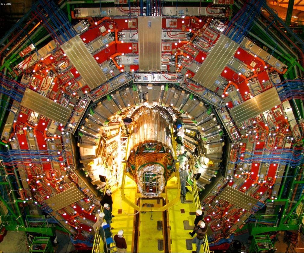 Immagini dell'esperimento CMS dal sito del CERN: l'apparato sperimentale